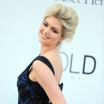 Kate-upton-in-cannes