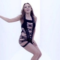 What do you think of Kylie Minogue's outfit?