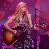 Sheryl-crow-on-stage