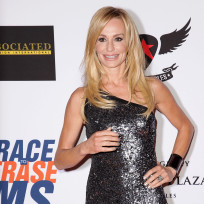 Taylor-armstrong-red-carpet-pic