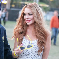 Lindsay Lohan, Yellow Sunglasses