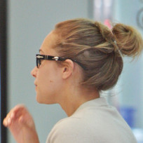 Hayden Panettiere Picture In Glasses