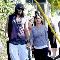 Isabella-brewster-and-russell-brand