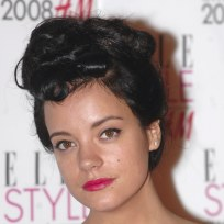 Lily allen up in a bun hair