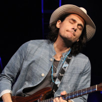 John mayer eyes closed