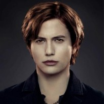 Jackson-rathbone-as-jasper-hale
