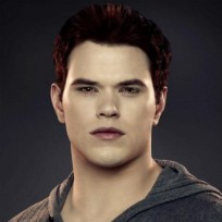 Kellan-lutz-as-emmett-cullen