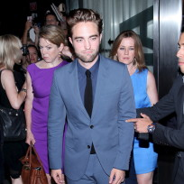 Robert-pattinson-in-new-york-city