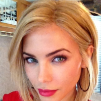 Which hair color do you prefer on Jenna Dewan?