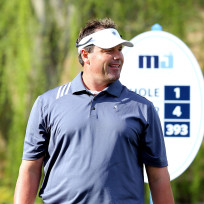 Roger-clemens-plays-golf