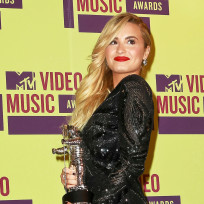 Demi-lovato-as-a-winner