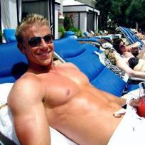Sean-lowe-shirtless