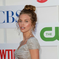 Photo-of-annalynne-mccord