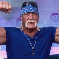 Hulk Hogan Flexes