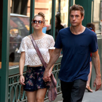 Teresa Palmer and Scott Speedman