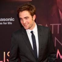 Can Robert Pattinson do better than Kristen Stewart?
