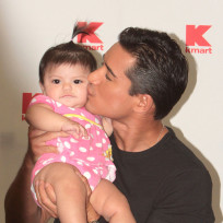 Mario Lopez, Baby