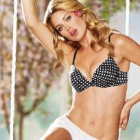 Doutzen Kroes Victoria's Secret Photo