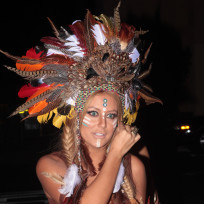 Aubrey-oday-halloween-costume