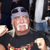 Hulk Hogan at Autograph Signing