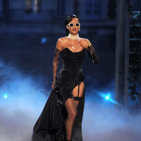 Which of Rihanna's Victoria's Secret outfits do you like more?