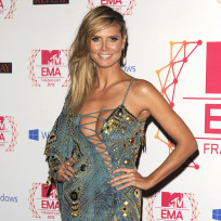 What do you think of Heidi Klum's MTV EMAs outfit?