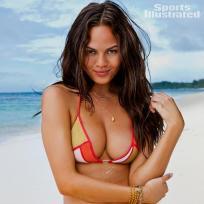 Chrissy Teigen Bikini Pic
