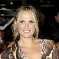 Molly-sims-at-breaking-dawn-2-premiere