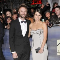 Paul-mcdonald-and-nikki-reed-premiere-pic