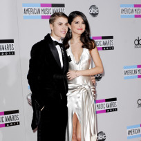 Selena Gomez and Justin Bieber Photo