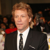 Bon-jovi-in-a-suit