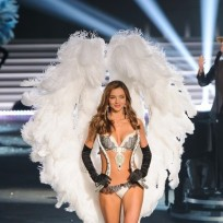 Miranda Kerr Victoria's Secret Fashion Show Photo