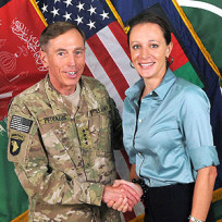 David-petraeus-and-paula-broadwell