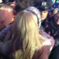 Taylor Swift and Harry Styles Kissing!