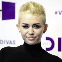 Miley, New Hair