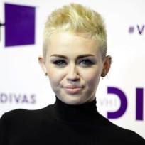 Miley, New Hair