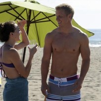 Sean-lowe-with-no-shirt