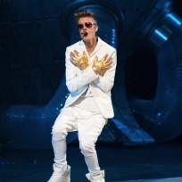 Justin Bieber in All White