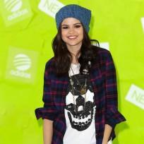 Should Justin Bieber and Selena Gomez get back together?