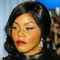 Lil Kim: Did she get plastic surgery?
