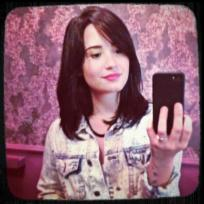 Demi Lovato Short Hair