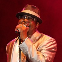 Bobby-brown-concert-picture