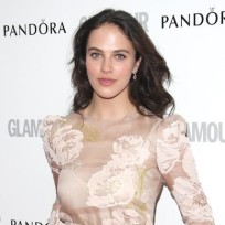 Jessica-brown-findlay-pic