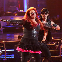 Wynonna and Tony Dovolani