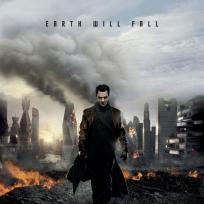 Star-trek-into-darkness-benedict-cumberbatch-poster