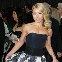 Pretty Kelly Ripa