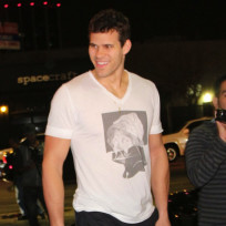 Kris humphries smiles
