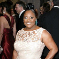 Sherri-shepherd-red-carpet-pic