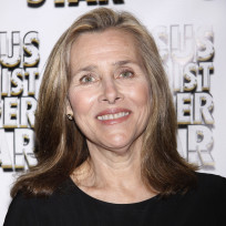 Meredith-vieira-red-carpet-pic