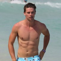 Patrick-schwarzenegger-shirtless